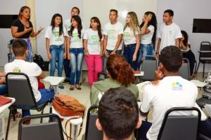 Jovens do projeto Rumo Certo concluíram o curso de Dicção e Oratória.