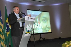 Na palestra em Piriripi, João Henrique expôs dados sobre a situação econômica nacional e sobre o Piauí.