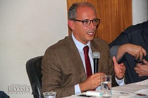 Jerson Carneiro abordou projetos de lei de iniciativa popular durante mais uma edição do Café com Política.