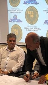 Francisco Donato assina termo de cooperação